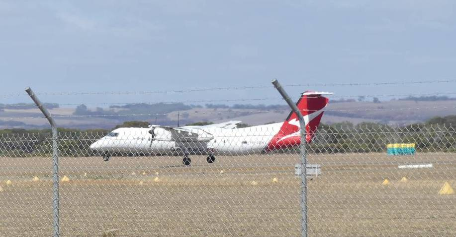 A Wednesday Qantas Q300 flight from Adelaide landing at Kingscote in 2020.