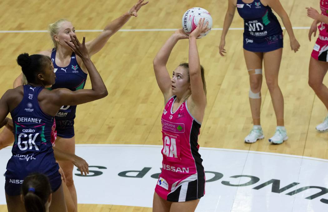 Kangaroo Island netball star Georgie Horjus shoots another goal for the Adelaide Thunderbirds in the Round 4 match against the Melbourne Vixens. Photo Adelaide Thunderbirds